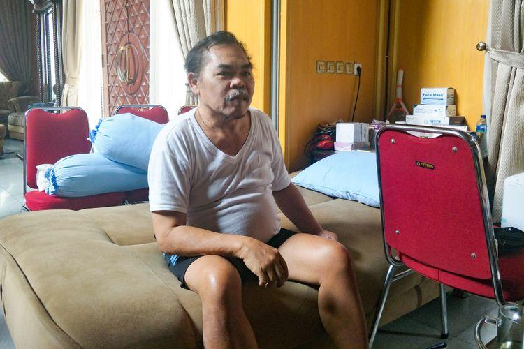 Artis komedi Mat Solar saat ditemui di kediamannya di kawasan Bambu Apus, Tangerang Selatan, Selasa (18/9/2018).