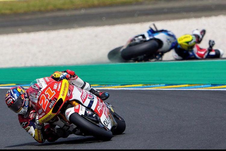 Pebalap Federal Oil Gresini Moto2 (FOGM2), Fabio Di Giannantonio, saat balapan di Moto2 Prancis 2021