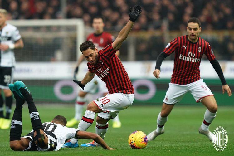 Laga Parma vs AC Milan berlangsung di Stadion Ennio Tardini dalam lanjutan Serie A Liga Italia, 1 Desember 2019.