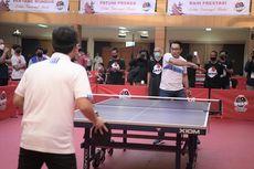 Buka Kejuaraan UAH Super Series, Ridwan Kamil Adu Kemampuan Tenis Meja dengan Ustadz Adi Hidayat