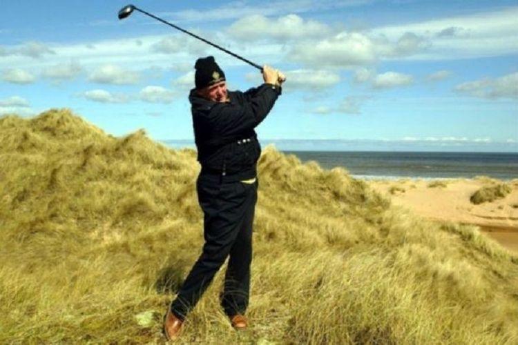 Donald Trump menjalankan bisnis lapangan golf sebelum ia menjadi Presiden Amerika Serikat.