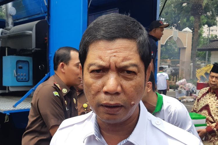 Wali Kota Jakarta Barat Rustam Effendi di Kantor Kejaksaan Jakarta Barat, Rabu (30/10/2019).