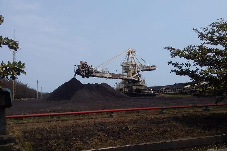 Limbah batu bara yang dinamakan fly ash dan bottom ash (FABA) ini telah berhasil dimanfaatkan oleh Perusahan Listrik Negara (PLN) menjadi bahan bangunan.