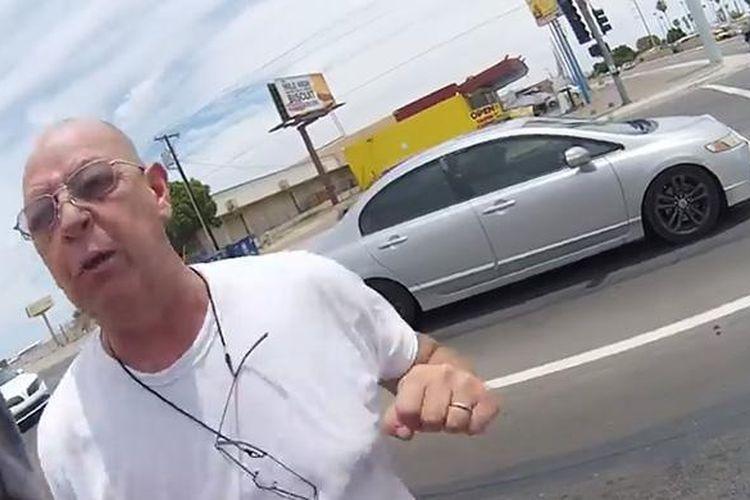 Potongan adegan penyerangan terhadap pengendara motor Cody Munoz yang terekam oleh kamera GoPro
