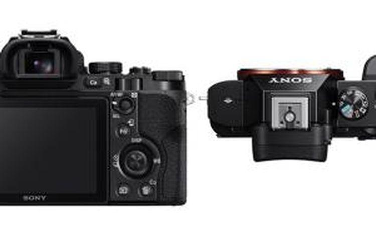 Bagian atas dan belakang duet kamera mirrorless baru Sony