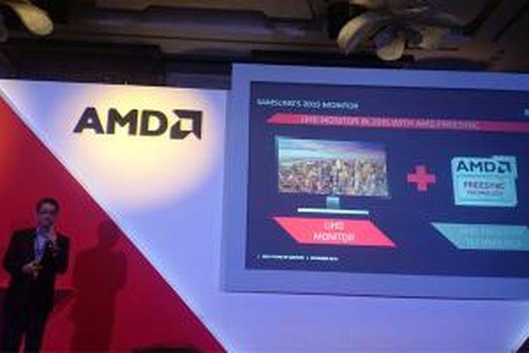 Joe  Chan, VP Samsung SEA mengumumkan kerjasama Samsung dan AMD di Singapura, Kamis (21/11/2014).