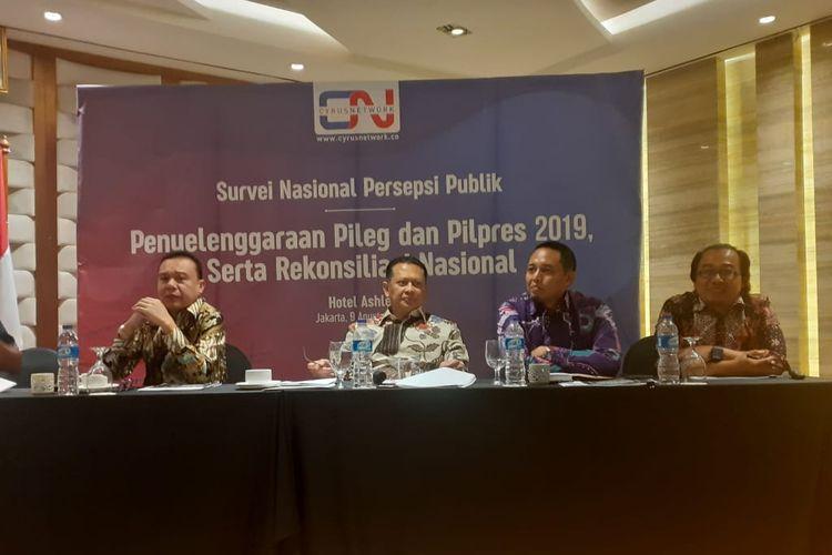 Lembaga jajak pendapat, Cyrus Network, merilis survei nasional di Hotel Ashley, Jakarta Pusat, Jumat (9/8/2019).