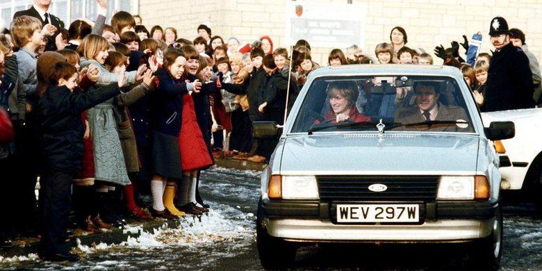 Sedan Ford Escort Ghia Saloon yang dikendarai mendiang Putri Diana.