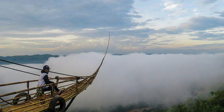 Perahu awan di Jurang Tembelan, Yogyakarta.