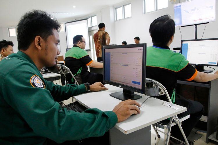 Peninjauan persiapan lokasi UTBK di Universitas Diponegoro (Undip) pada 9 Maret 2019, di Semarang, Jawa Tengah.
