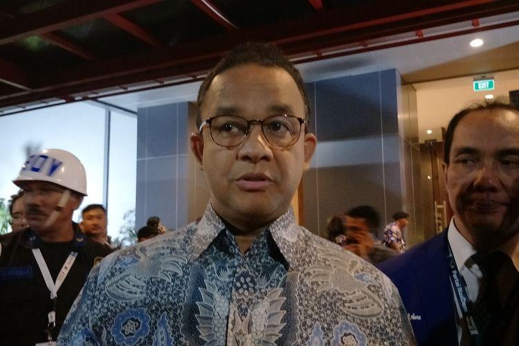 Gubernur DKI Jakarta Anies Baswedan seusai menghadiri Kongres Partai Nasdem di JIExpo Kemayoran, Jakarta Pusat, Jumat (8/11/2019) malam.