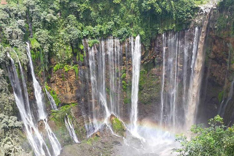 Kondisi air terjun Tumpak Sewu di Lumajang yang sempat dilanda banjir lahar dingin Gunung Semeru beberapa waktu lalu.