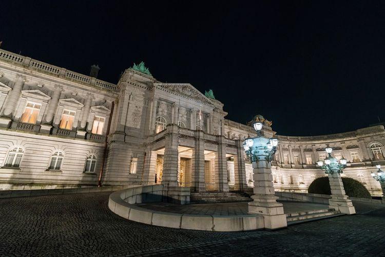 Istana Akasaka yang ada di kompleks Istana Togu, yang akan menjadi tempat tinggal Akihito setelah turun takhta.