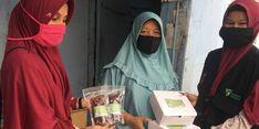 Di Batam, Dompet Dhuafa Bagikan 100 Paket Menu Buka Puasa untuk Dhuafa