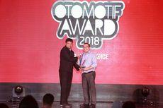 Toyota Diganjar 11 Penghargaan dari Otomotif Award