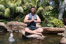 Chris Hemsworth Unggah Video Meditasi Unik dan Jenaka