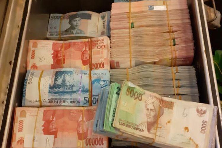 Uang Rupiah palsu yang dimusnahkan Bank Indonesia dan Polri di Jakarta, Rabu (26/2/2020).
