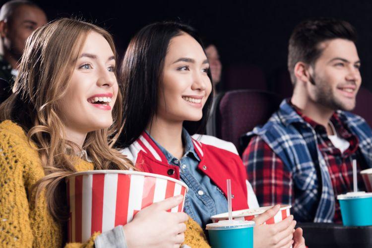 Ilustrasi Menonton Film