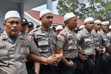 Polisi di Aceh Tengah Berselawat untuk Hadapi Demonstran