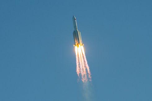 Roket Long March China Jatuh Tak Terkendali ke Bumi, Apakah Berbahaya?