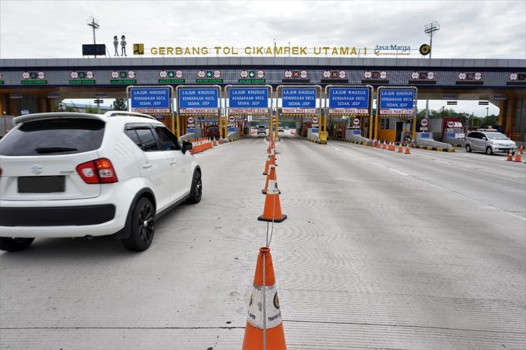 PT Jasa Marga (Persero) Tbk mencatat sebanyak 655.365 kendaraan meninggalkan Jakarta pada periode empat hari cuti bersama dalam rangka peringatan Maulid Nabi Muhammad SAW 1442 H (27-30 Oktober 2020).