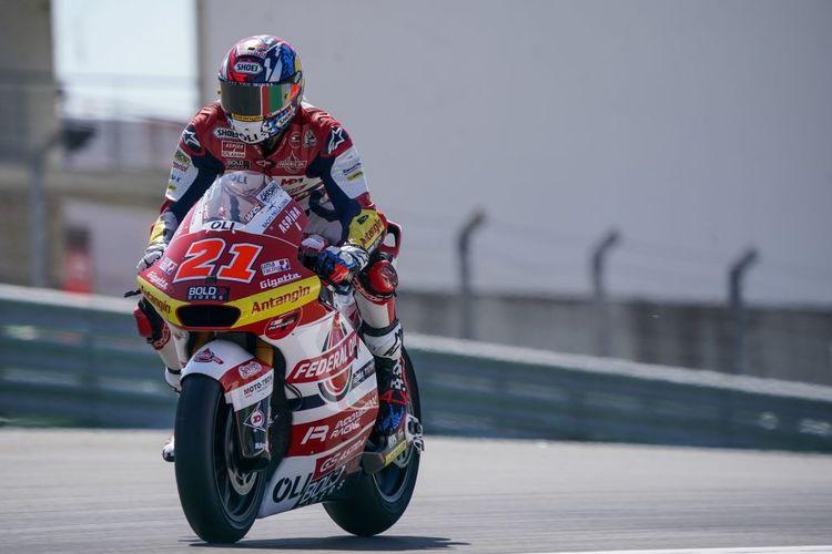 Fabio Di Giannantonio saat sesi latihan bebas pada Moto2 Portugal 2021