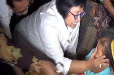 Ibu Menteri Usap Air Mata Nenek Asyani yang Minta Ampun