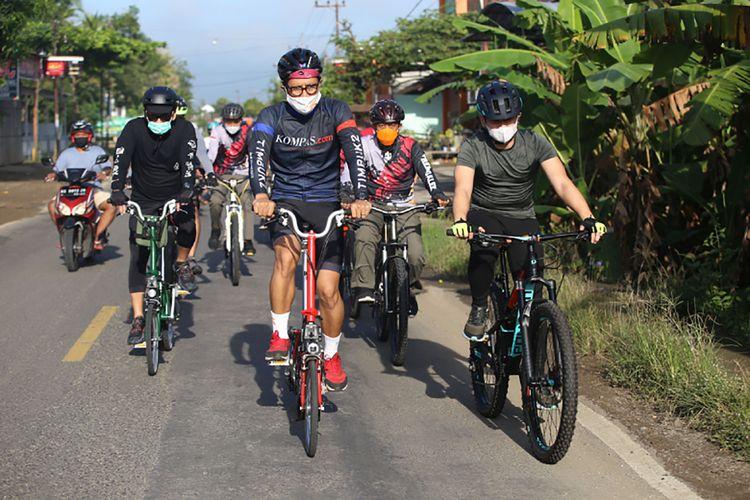 Bupati Trenggalek 2021-2026, Mochammad Arifin bersepeda dengan tim internal kompas.com yang dihadiri oleh pimpinan redaksi Wisnu Nugroho, GM sales Devie Emza ,Sabtu (3/6/2021).