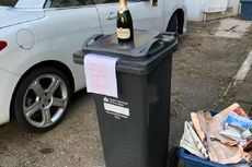 Seorang Warga Inggris Beri Sebotol Sampanye untuk Tukang Sampah