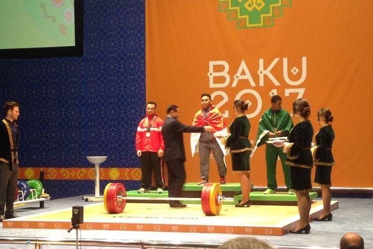 Atlet angkat besi Indonesia, Eko Yuli Irawan, meraih medali emas pada Islamic Solidarity Games (ISG) 2017 di Baku, Azerbaijan, Minggu (14/5/2017).