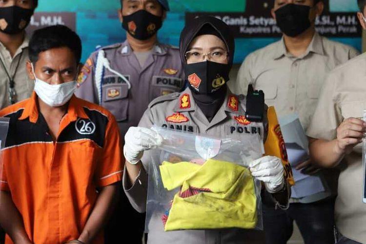 HSN pelaku pembacokan di Surabaya ditangkap polisi.