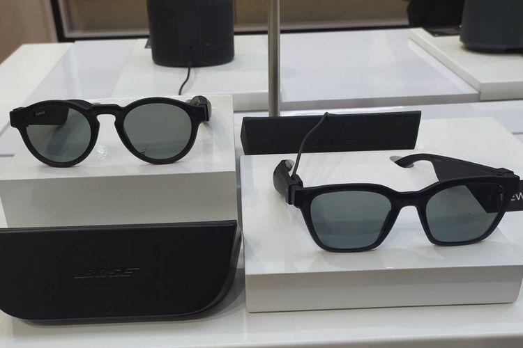 (dari kiri ke kanan) Audio Sunglasses Rondo dan Alto