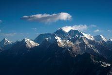 Mikroplastik Ditemukan di Dekat Puncak Gunung Everest
