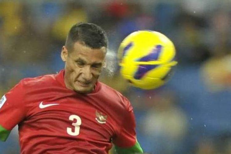 Gelandang tim nasional Indonesia, Raphael Maitimo.