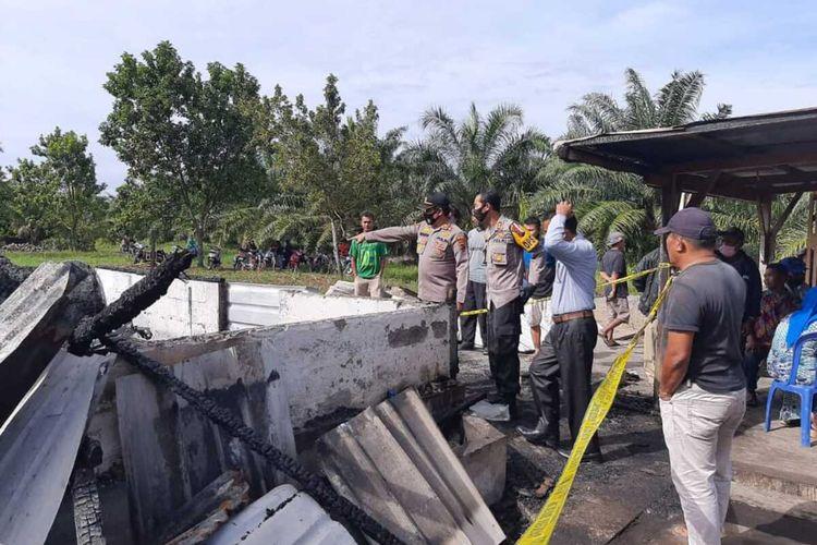 Satu unit rumah terbakar di Pasaman Barat yang menyebabkan satu keluarga tewas, Sabtu (31/10/2020)