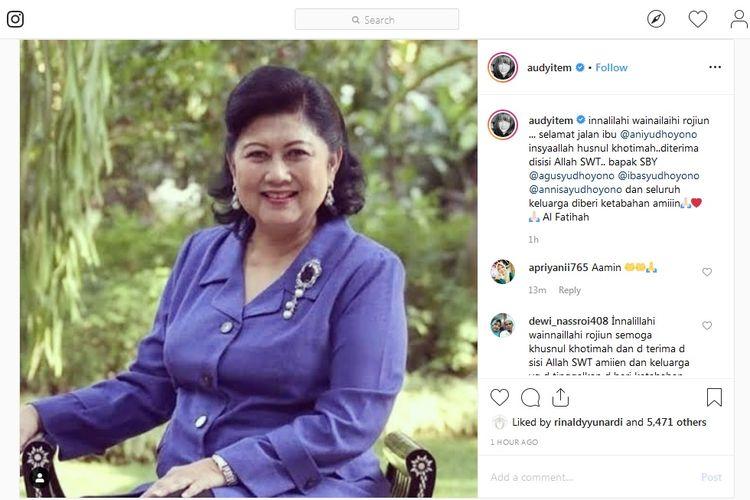 Penyanyi Audy Item turut berduka atas kepergian mantan ibu negara Ani Yudhoyono.