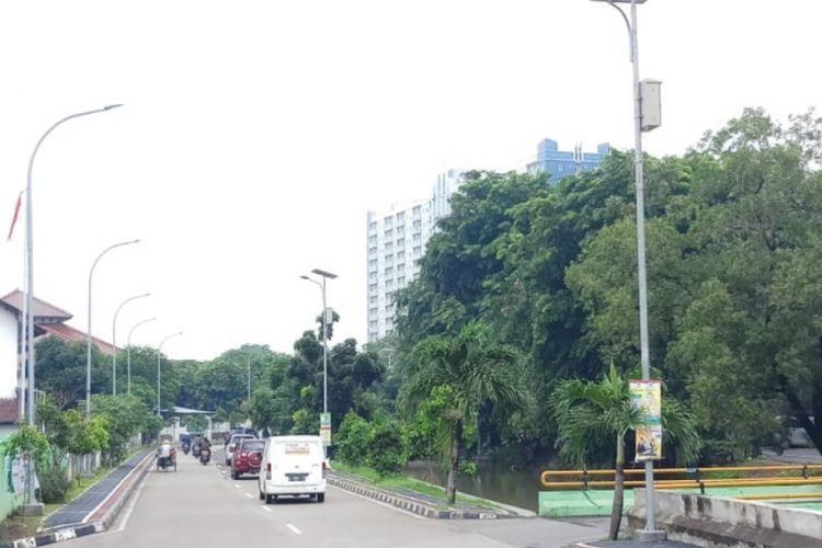 Tampak lampu penerangan jalan di Wilayah Kota Bekasi, Rabu (30/1/2019).