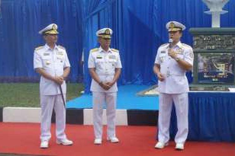 Kepala Staf TNI Angkatan Laut Laksamana Ade Supandi saat menghadiri prosesi serah terima jabatan (sertijab) Panglima Komando di Markas Komando Koarmabar, Gunung Sahari, Jakarta Pusat, Selasa (19/7/2016).