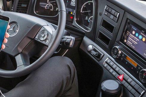 Truk Mercedes-Benz Makin Pintar