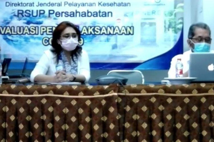 Direktur Utama RSUP Persahabaran Rita Rogayah beserta jajaran saat teleconference dengan wartawan, Kamis (23/4/2020).