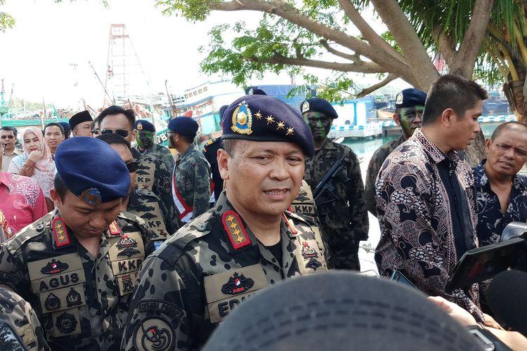 Menteri Kelautan dan Perikanan (KKP)Edhy Prabowo mengakui penenggelaman kapal saat ini memang tidak ada. Akan tetapi bagi Kapal Ikan Asing (KIA) yang ketahuan melakukan ilegal fishing atau pencurian ikan di laut Indonesia, dan saat akan ditangkap melarikan diri, itulah yang akan langsung ditenggelamkan.