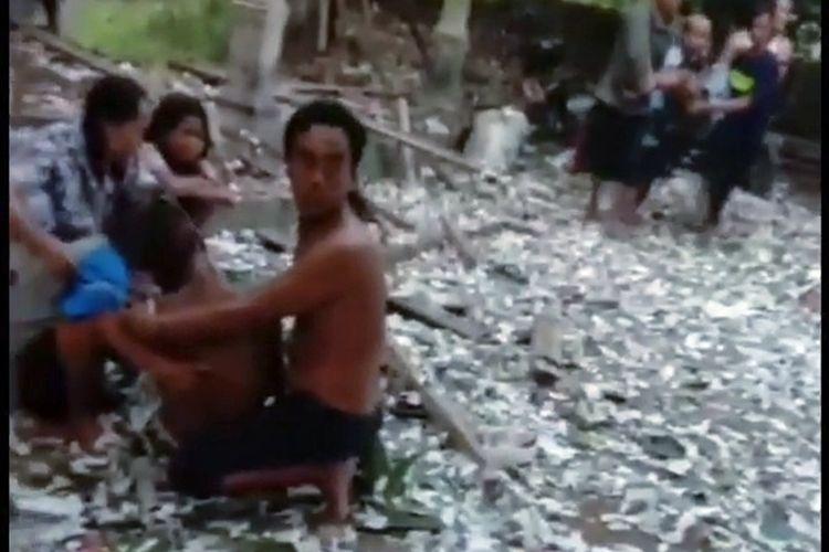 Tangkapan layar video tragedi ledakan petasan di Desa Ngabean, Kecamatan Mirit, Kebumen, Jawa Tengah, Rabu (12/5/2021).