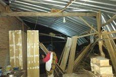 Angin Puting Beliung Rusak 17 Rumah Warga di Lombok Tengah
