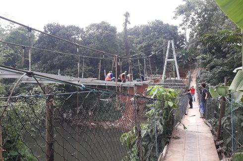 Warga Sayangkan Hanya Satu Jembatan