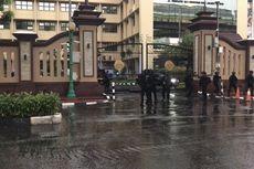 Terduga Teroris Ditembak Mati di Mabes Polri, Kapolda Metro Jaya Tinjau TKP