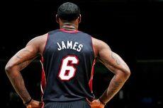 Mengejutkan, LeBron James Gunakan Jaket dengan Harga Terjangkau