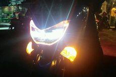 Lampu Hazard pada Sepeda Motor Dinyalakan Hanya Saat Berhenti