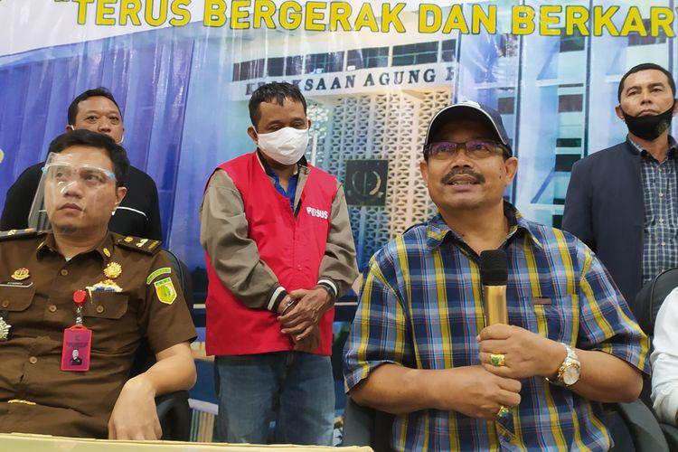 Konferensi pers penangkapan buron tersangka kasus korupsi di PT Pertaminan Marine RU IV Cilacap di Kejaksaan Negeri (Kejari) Cilacap, Jawa Tengah, Selasa (4/8/2020).
