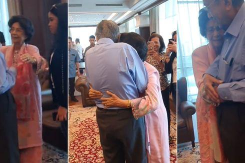 Momen Manis, Mahathir Mohamad Dapat Pelukan dari Sang Istri