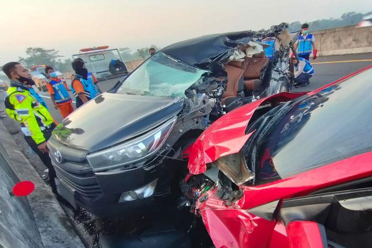 Kecelakaan di jalan Tol Semarang-Solo yang mengakibatkan dua mekanik balap kehilangan nyawa